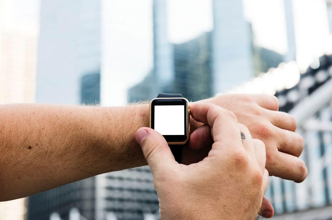 Apple Watch újraindítása